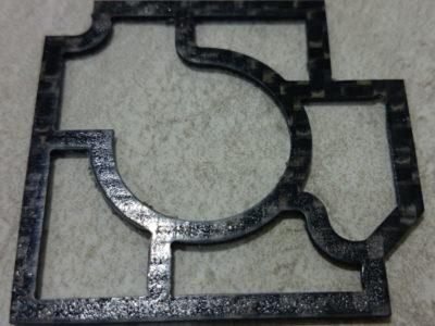 CFRTP熱可塑性樹脂板ウォータージェット切断加工