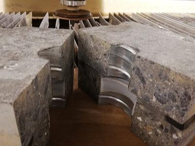 特殊コンクリート成型品ウォータージェット切断加工