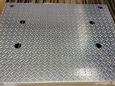 AL5052 縞板(アルミしま板)ウォータージェット穴加工
